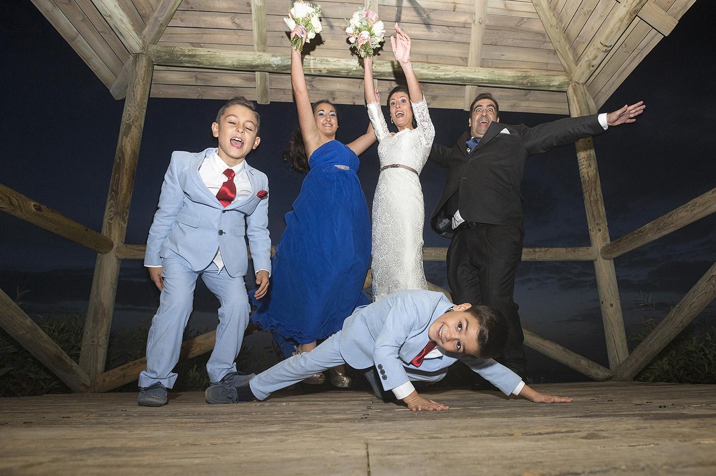 foto-boda-divertida-con-ninos